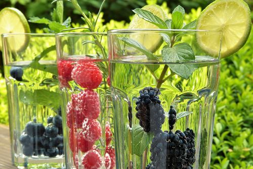 moiging-water-structure-fruit
